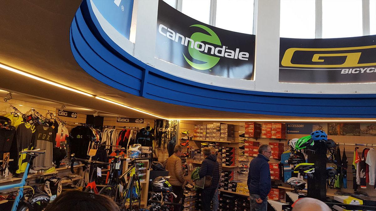 Biciclando: nuovo negozio da 200 mq.